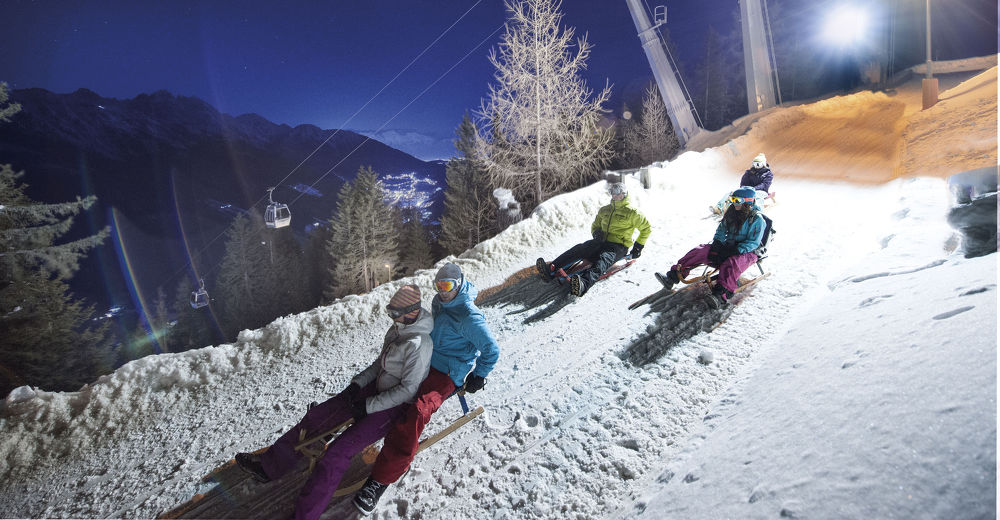 Tobogganing – Winter holiday at the Alpenhotel Kindl in the Stubai valley